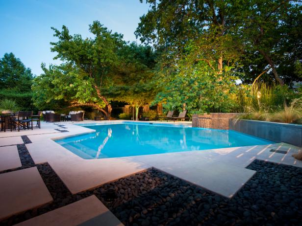 Adding a Swimming Pool During Home Remodeling